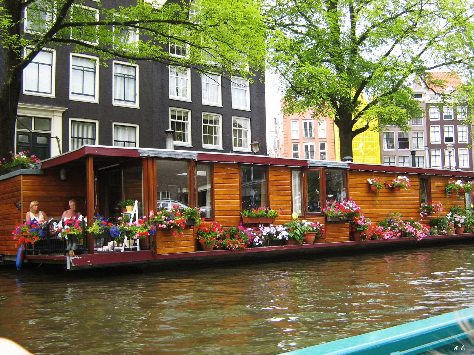 boat trip on the canals of amsterdam cityoftheweek