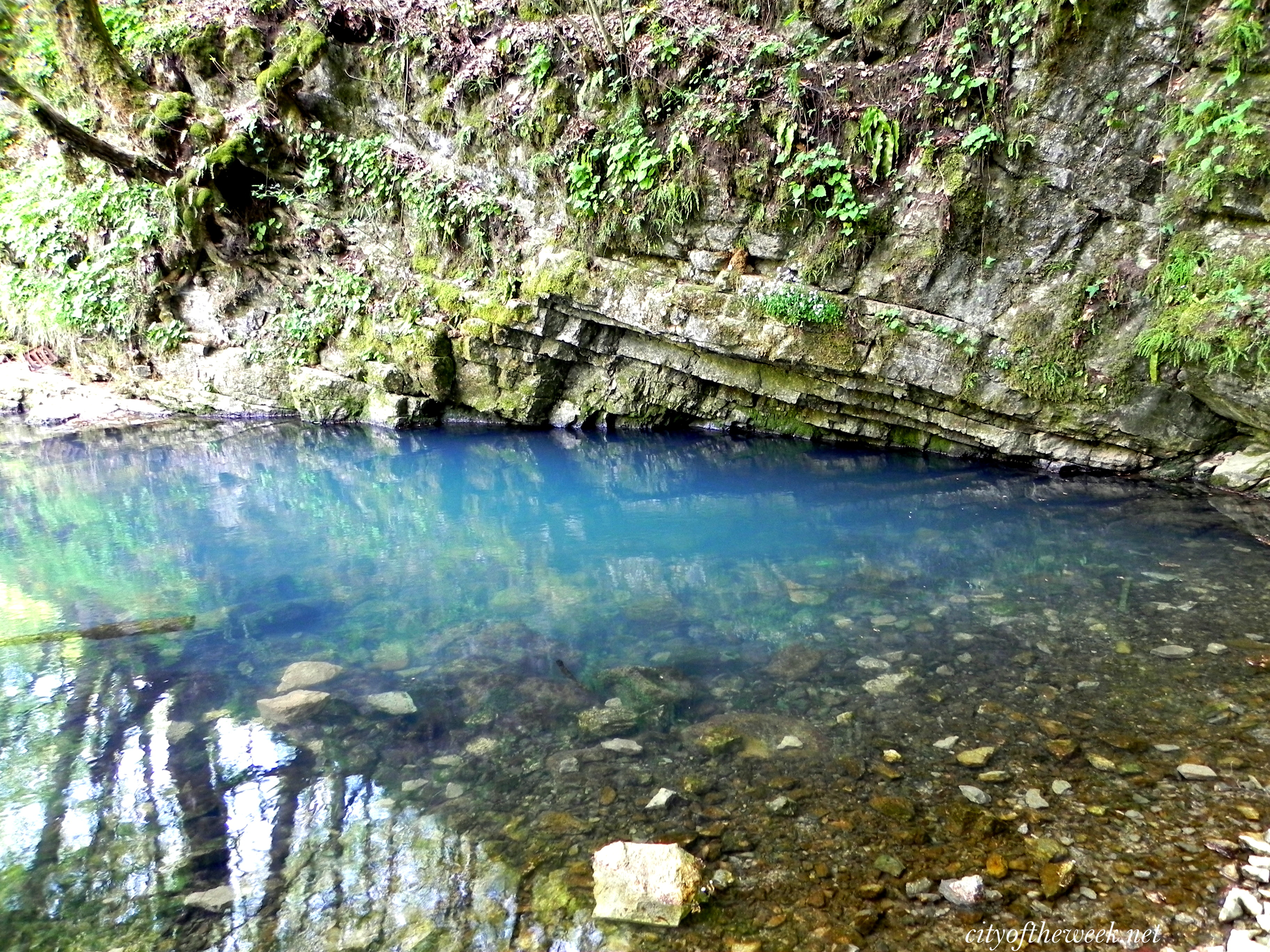 Old Man S Cave And Izb 226 Ndiş Spring Cityoftheweek